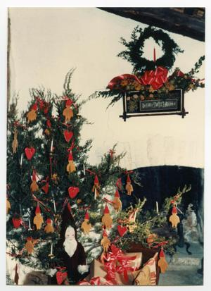 Primary view of object titled '[Photograph of a Christmas Tree in the Kammlah House]'.