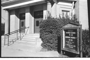 Primary view of object titled '[First Presbyterian Church --5 of 13:   Front Entrance]'.