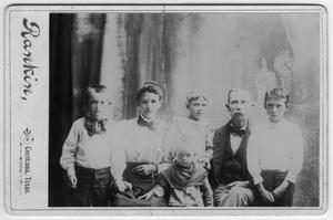 Primary view of object titled '[Early Texan family portrait]'.