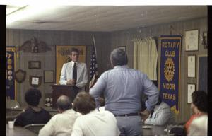 [Charles Wilson Speaks at Vidor Rotary]