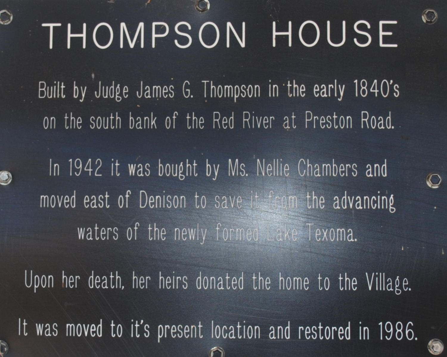 [Marker: Thompson House]                                                                                                      [Sequence #]: 1 of 1