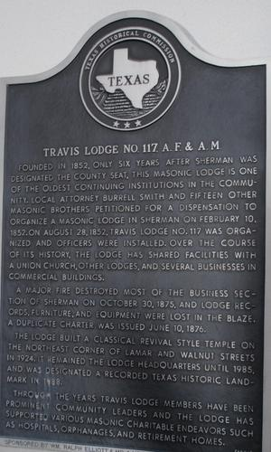 Primary view of object titled '[Texas Historical Commission Marker: Travis Lodge No. 117, A.F. & A.M.]'.