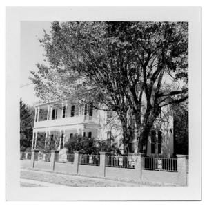 Primary view of object titled '[619 S. Sycamore - A.R. Howard Home]'.