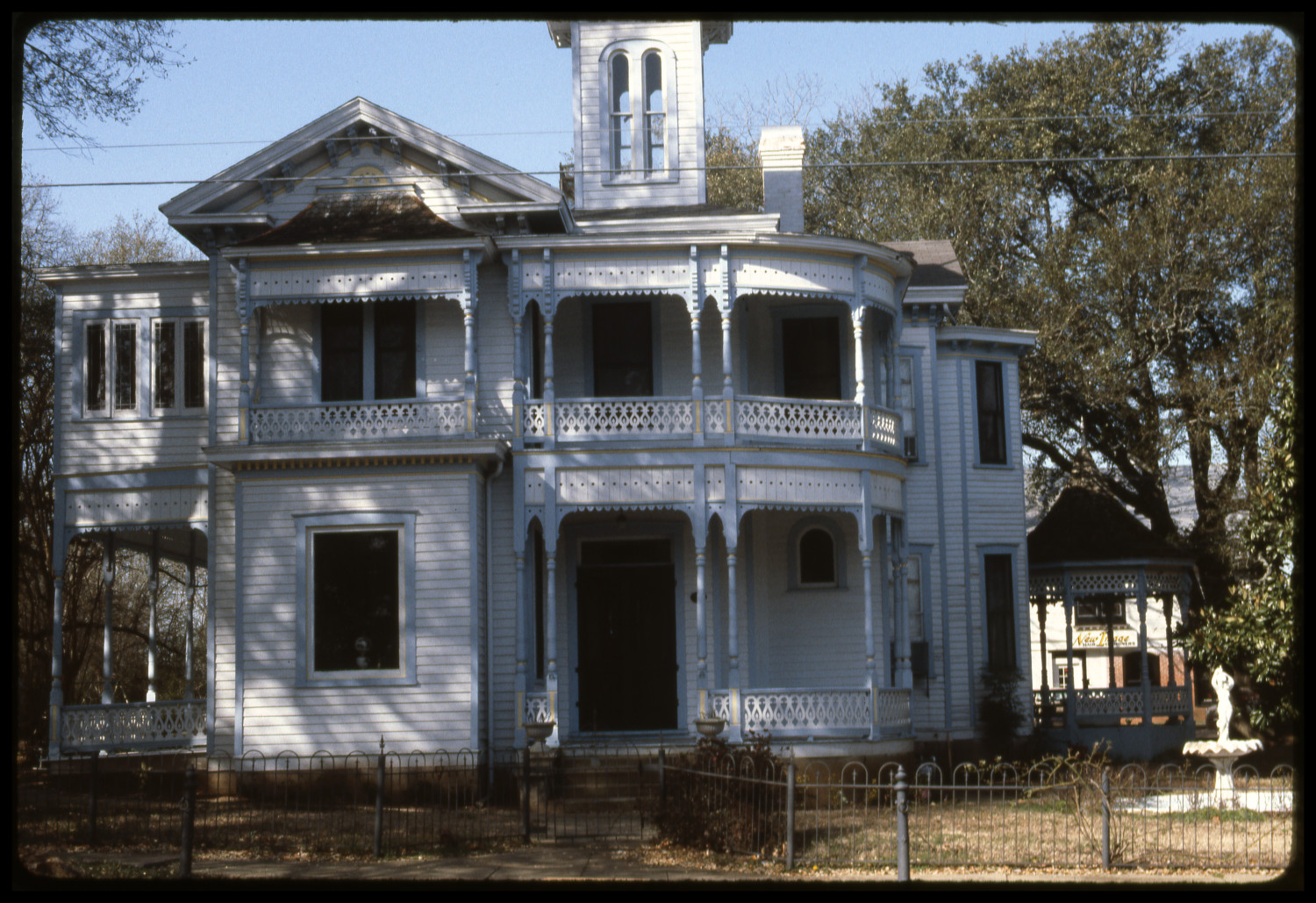 [301 S. Magnolia - Bowers Mansion]                                                                                                      [Sequence #]: 1 of 1