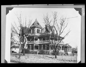 Primary view of object titled '[George Wright Home - 900 Block S. Sycamore]'.
