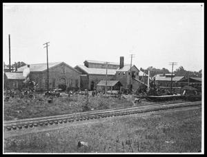 Primary view of object titled '[600 Block S. May - Dilley's Iron Foundry]'.