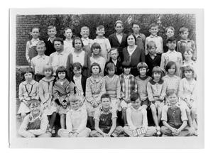 Primary view of object titled '[Sanger School class picture 1930, Third Grade]'.
