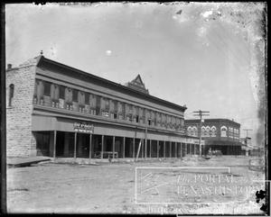 Primary view of object titled '5th Street in Clifton, North Side'.