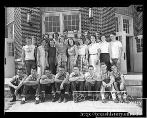 Primary view of object titled '[Clifton High School-Senior Class 1952 #1]'.