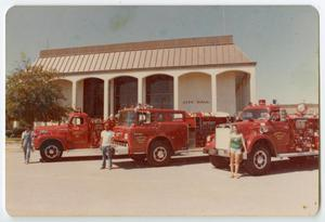[Fire Engines at League City's City Hall]