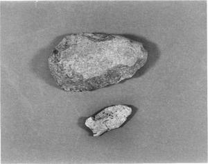 Primary view of object titled 'Arrowhead and Scraper'.