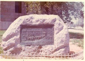 Primary view of object titled 'Monument Commemorating the Founding of Fort Worth'.
