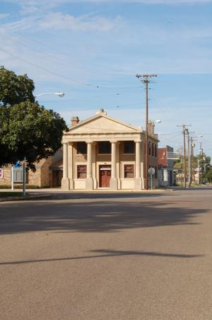 Building in Milam County