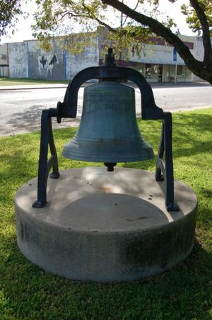 Primary view of object titled 'Milam County Courthouse grounds, Confederate bell'.