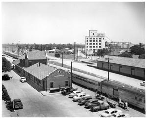 Primary view of object titled '[Gainesville, Texas Depot]'.