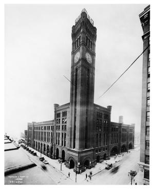 Primary view of object titled '[Grand Central Station in Chicago]'.