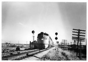 "Primary view of object titled '[""The Black Gold"" arriving in Dallas]'."