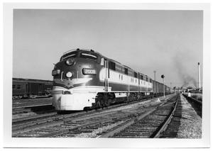 Primary view of object titled '[Texas and Pacfic train in Dallas]'.