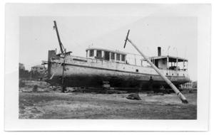 Primary view of object titled '[Photograph of the Japonica, Run Aground]'.