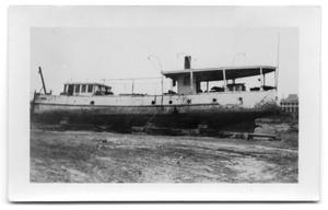 [Photograph of the Japonica, Run Aground]