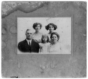 Primary view of object titled '[Unidentified Family 2]'.