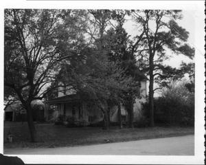 Primary view of object titled '[McBlain House in Missouri City]'.