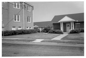Primary view of object titled '[Carroll Building of First Methodist Church - 422 S. Magnolia]'.