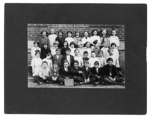 Primary view of object titled '[Second Grade Class of Rusk School]'.