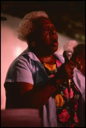 "Primary view of object titled '[Willie ""Mama"" Duckens of the Duckens Family Singers]'."