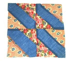[Blue-and-Red Quilt Block]