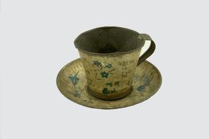 Primary view of object titled 'Toy cup and saucer'.