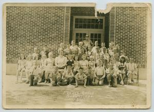 [Burnet, Texas Fourth Grade Class Photo]