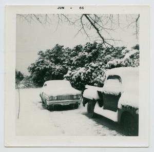 [Snow in Burnet, Texas]