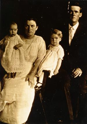 Primary view of object titled 'Essie and Joe Keeling Family'.