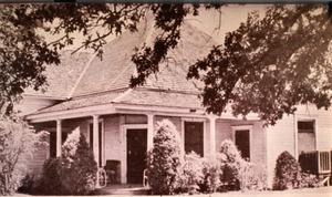 Primary view of object titled 'Otis Brown's First House in Irving'.