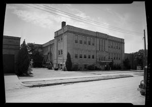 Primary view of object titled 'L.C. Anderson High School -- 1912 Building'.
