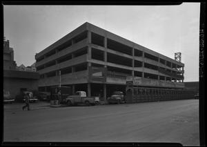 Primary view of object titled 'Austin National Bank Drive-In Bank'.