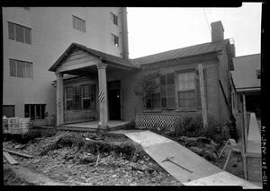 Primary view of object titled 'Commodore Perry Hotel - Old House'.