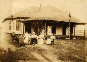 Primary view of Williamson Home, 1912