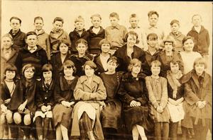 Primary view of object titled 'Irving School Sixth Grade Class, 1923 - 1924'.
