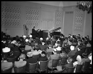 Primary view of object titled 'Austin Organ Club Recital'.