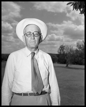 Primary view of object titled 'Tom Penick at Municipal Country Club'.