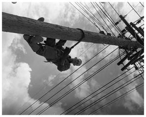 Primary view of object titled 'Joe Gault, lineman'.