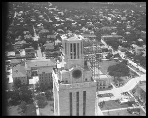 Primary view of object titled 'Austin Views/UT Tower'.