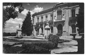 Primary view of object titled 'Postcard of a large mansion'.