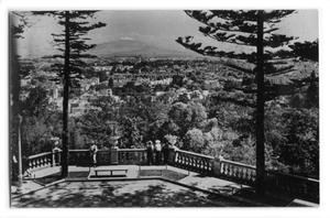 Postcard of a terrace overlooking the city of Chapultepec