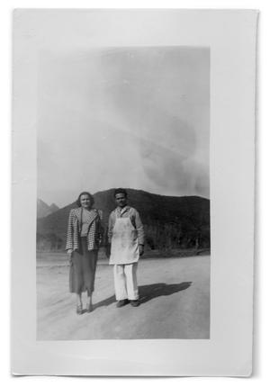 Primary view of object titled '[Photograph of an unidentified man and woman]'.
