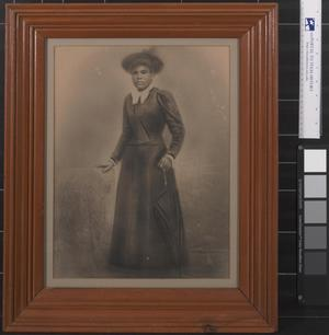 Primary view of object titled '[Studio Portrait of an African American Woman]'.