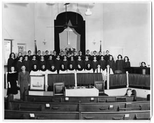 Primary view of object titled '[First Christian Church Youth Choir]'.