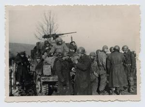 Primary view of object titled '[Group of Soldiers]'.